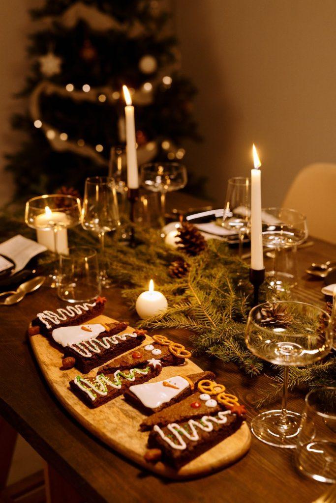 christmas table ideas 2021